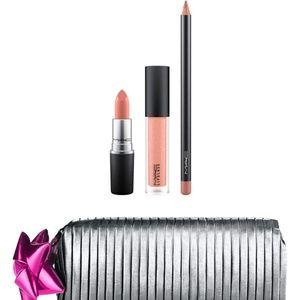 Mac Shinny Pretty Things Goody Bag: Nude Lip